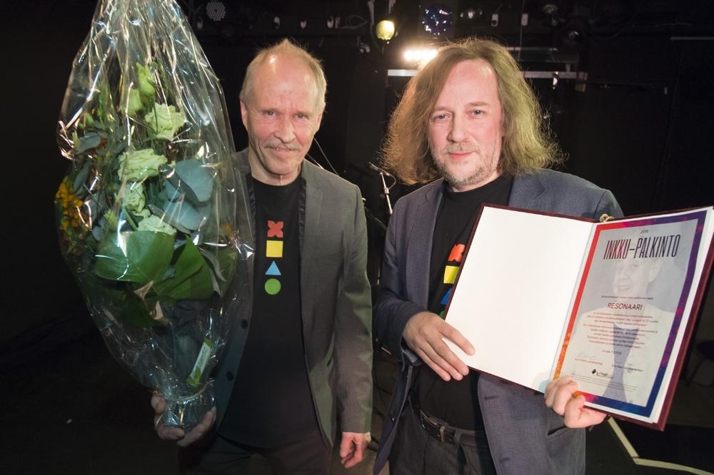 Kuva:Vesa-Matti Väärä   Kuvassa Resonaarin johtajat Kaarlo Uusitalo (vas,) ja Markku Kaikkonen