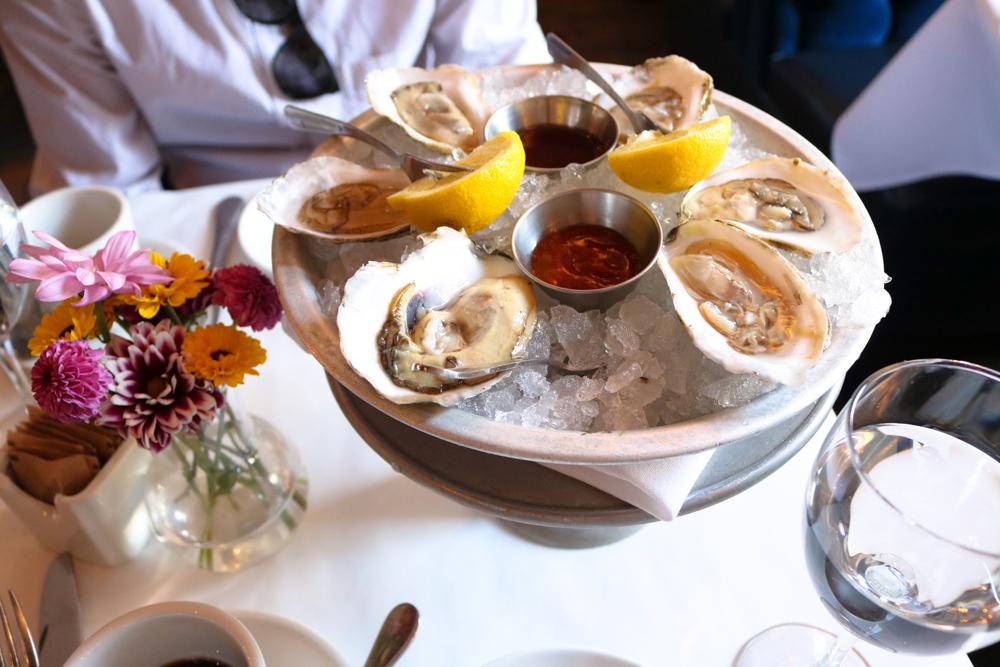 1/2 Dozen Fresh Oysters ,  Lemon, cocktail sauce, mignonette