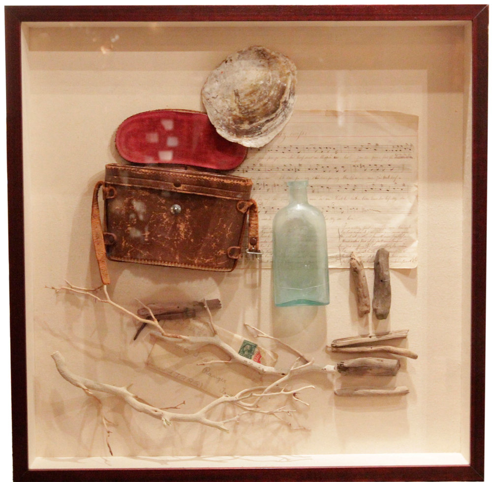 FOUND OBJECTS/SHADOW BOX