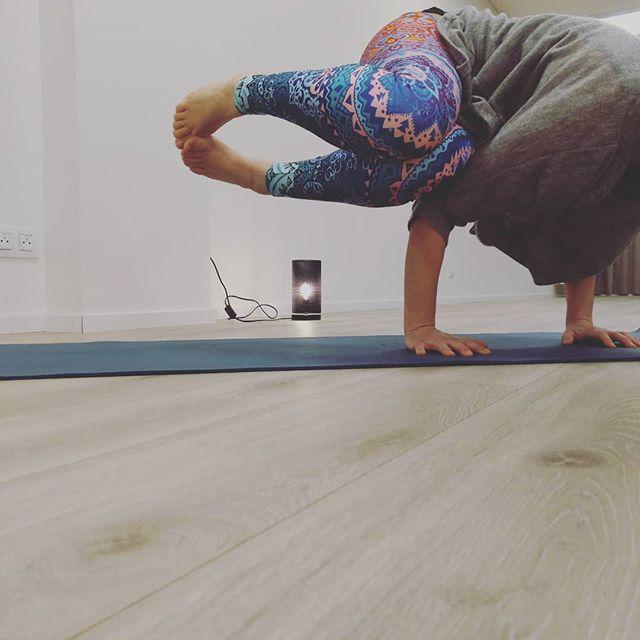 Vanavond Hatha Marma Yoga 20u15 @ahimsayogabelgium Dampoortstraat 😊