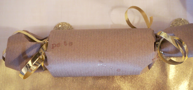 meg-made: DIY christmas crackers