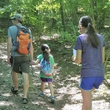 hiking-with-kids-featured.jpg