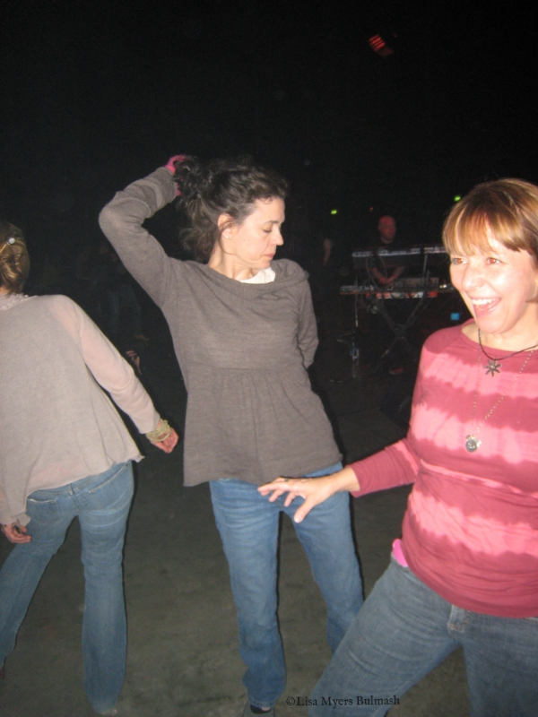 Gettin' down with LK Ludwig (center) and MaryBeth Shaw (right) at Artfest 2010.