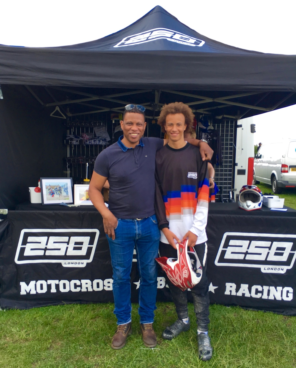 250LONDON Team Rider, Jason Daley, with his proud dad Michael