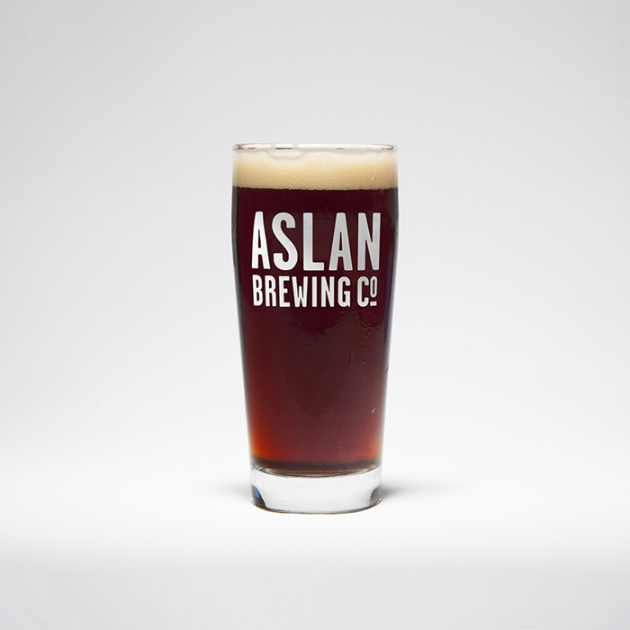 Brown Ale 1.058 OG // 6.0% ABV // 18 IBU LIGHT BODY + ROASTED NUTS AND CHOCOLATE NOTES + MALT FORWARD