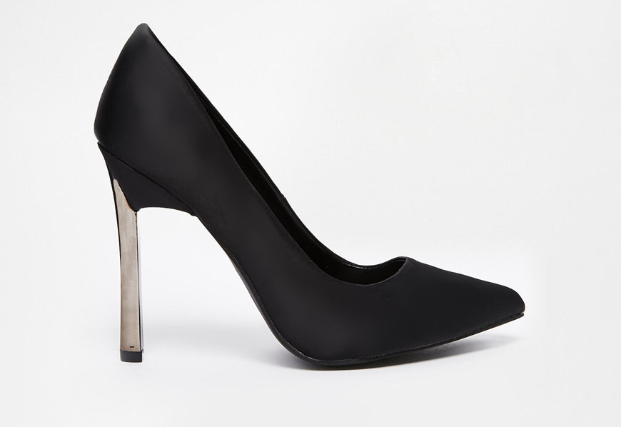 These New Look Vickster black metal heel pumps from Asos instantly caught my eye for their similarity to the iconic Casadei blade pump. Photo courtesy of Asos.