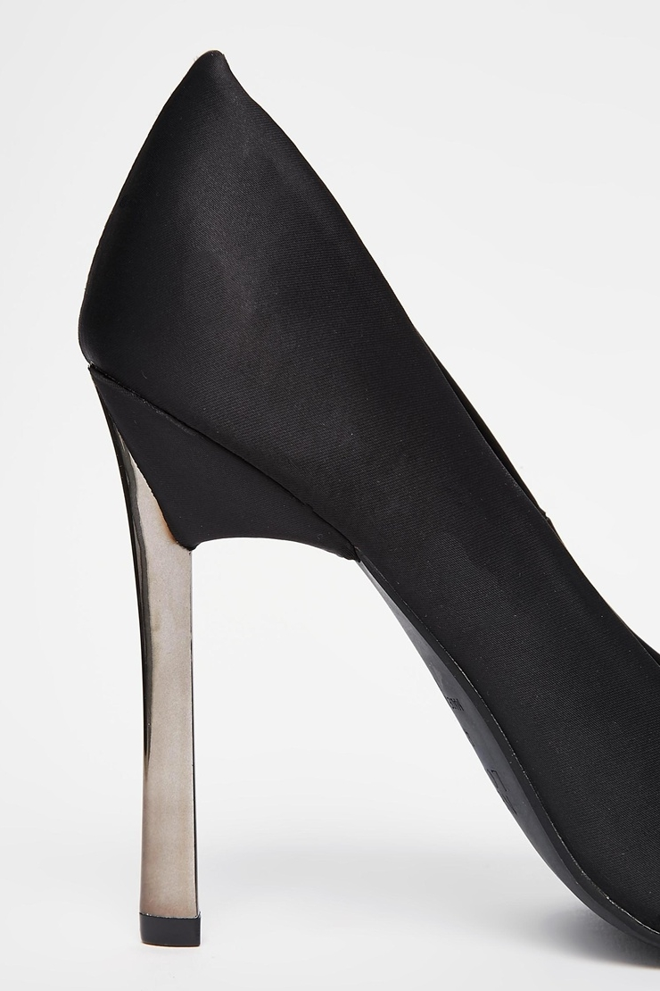 These New Look Vickster pumps feature a similar blade heel.  Photo courtesy of Asos.