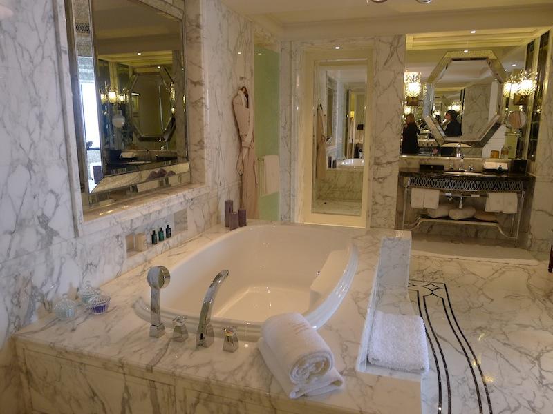 China the waldorf astoria shanghai annie fitzsimmons for Waldorf astoria new york presidential suite