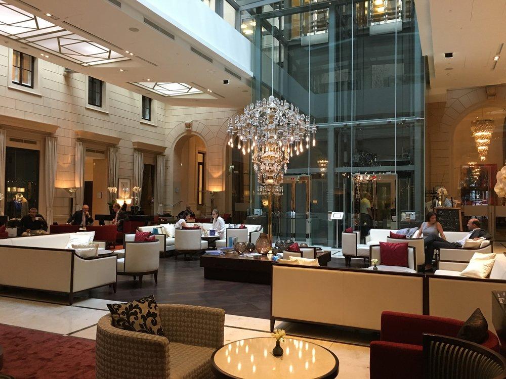 Palais Hansen Kempinski Vienna - lobby lounge