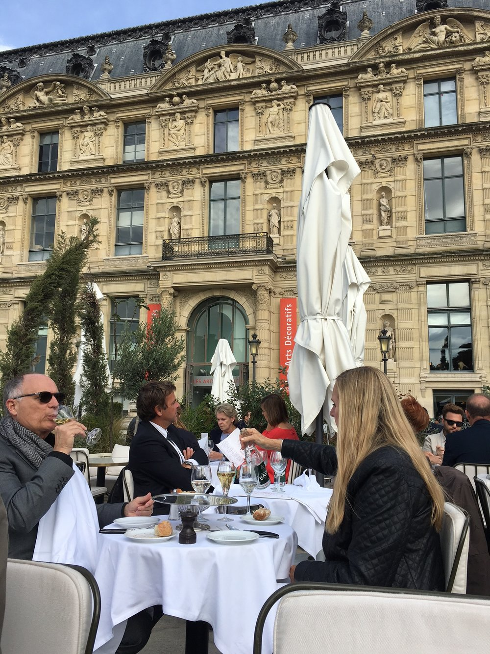 Lunching at LouLou, after the extraordinary Dior exhibit at the Musée des Arts Décoratifs.