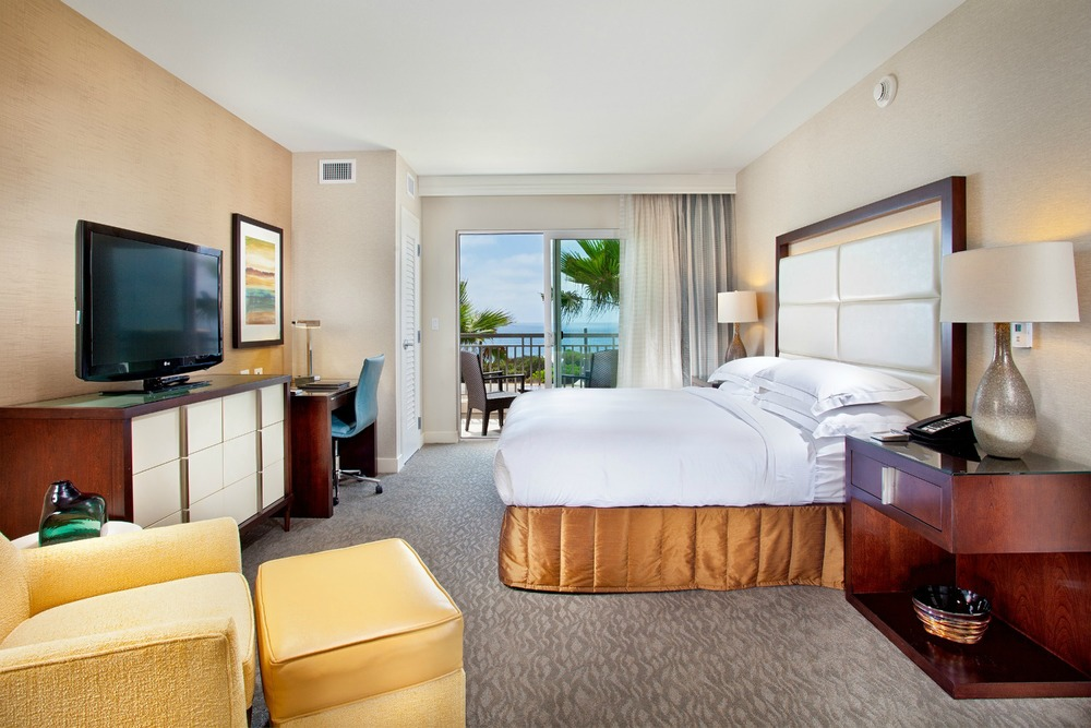 Hilton, Carlsbad - King Bed Suite