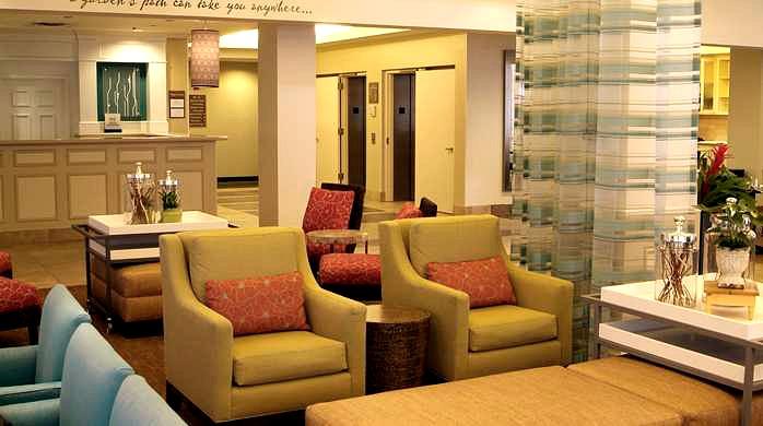 Hilton Garden Inn, Lake Oswego - Lobby