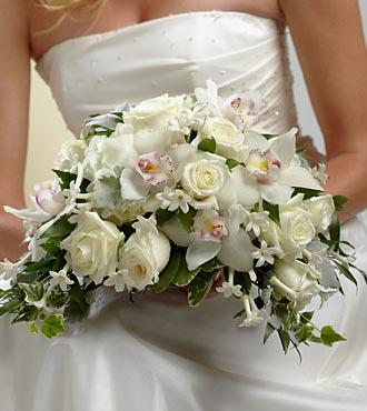 White on white bouquet oakland florist same day flower delivery white on white bouquet mightylinksfo