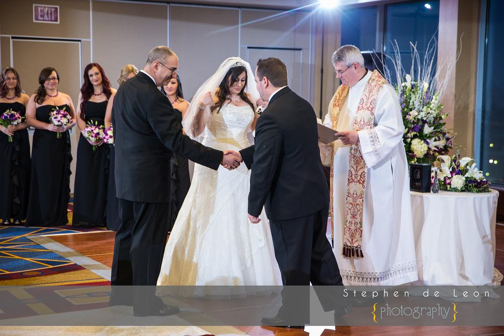 Key_Bridge_Marriott_Wedding_034.jpg