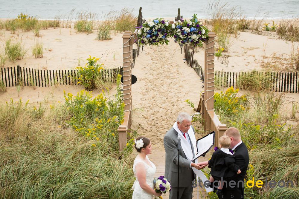 Bethany_Beach_Wedding_025.jpg