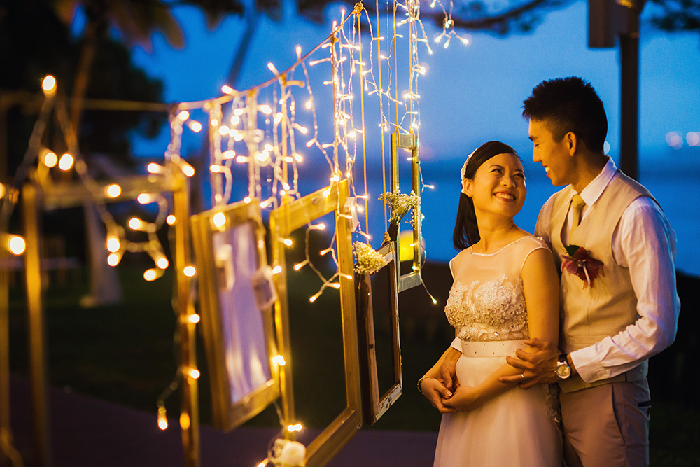 SAM & LIM-EN Of Sparklers, Twinkling Lights, and Love