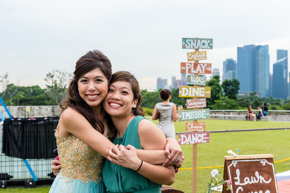 A Merry Travel-inspired Wedding at the Marina Barrage | Veiverne & Debbie wed In Merry Motion 18.jpg