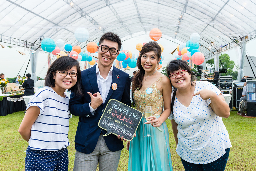 A Merry Travel-inspired Wedding at the Marina Barrage | Veiverne & Debbie wed In Merry Motion 31.jpg
