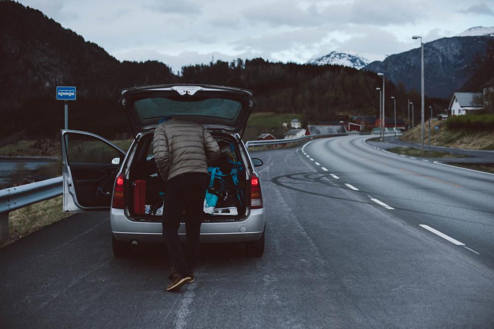 SkiingDay1-1233.jpg