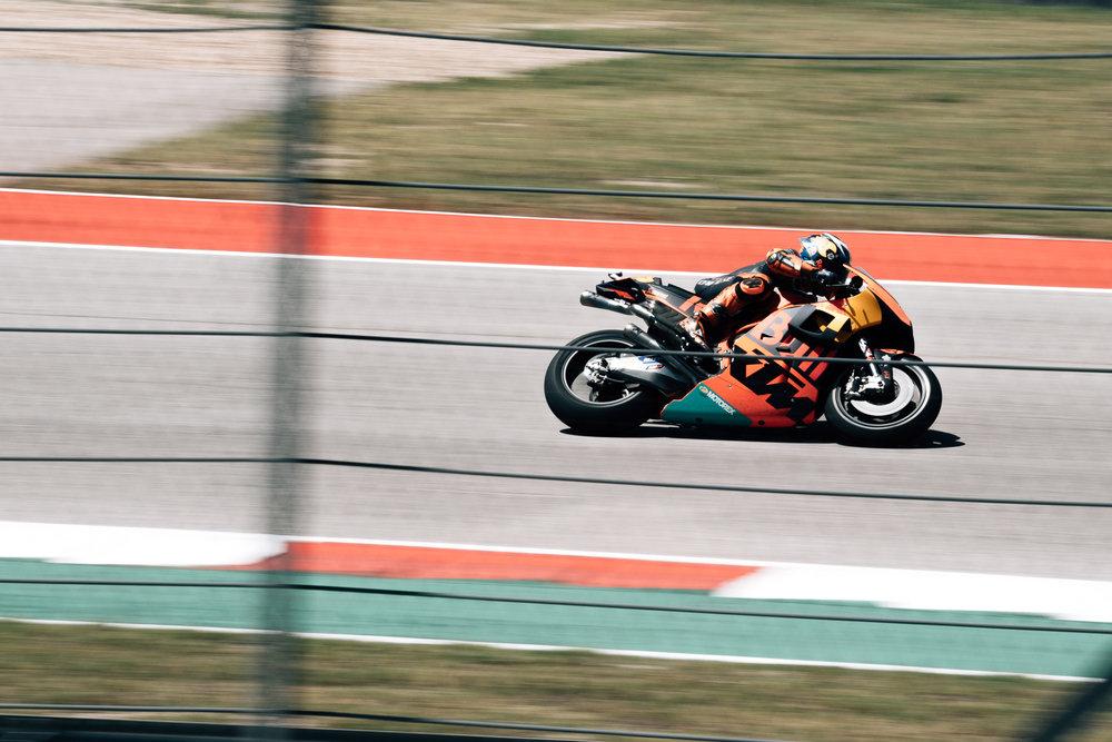 Moto GP-30.jpg