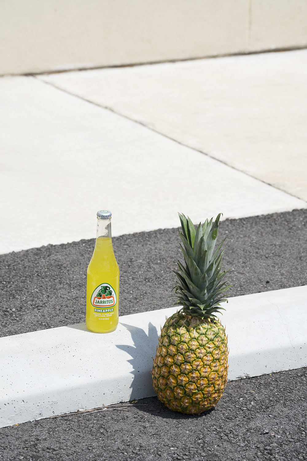 Pineapple_Jarritos.jpg