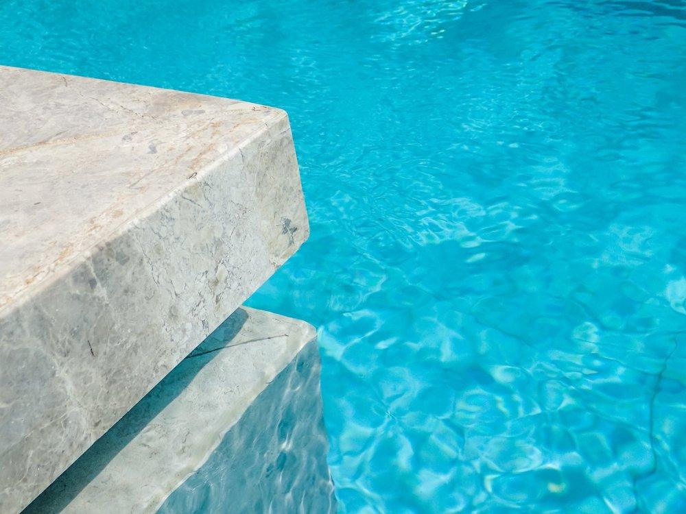 Pool detail - Limestone Capping