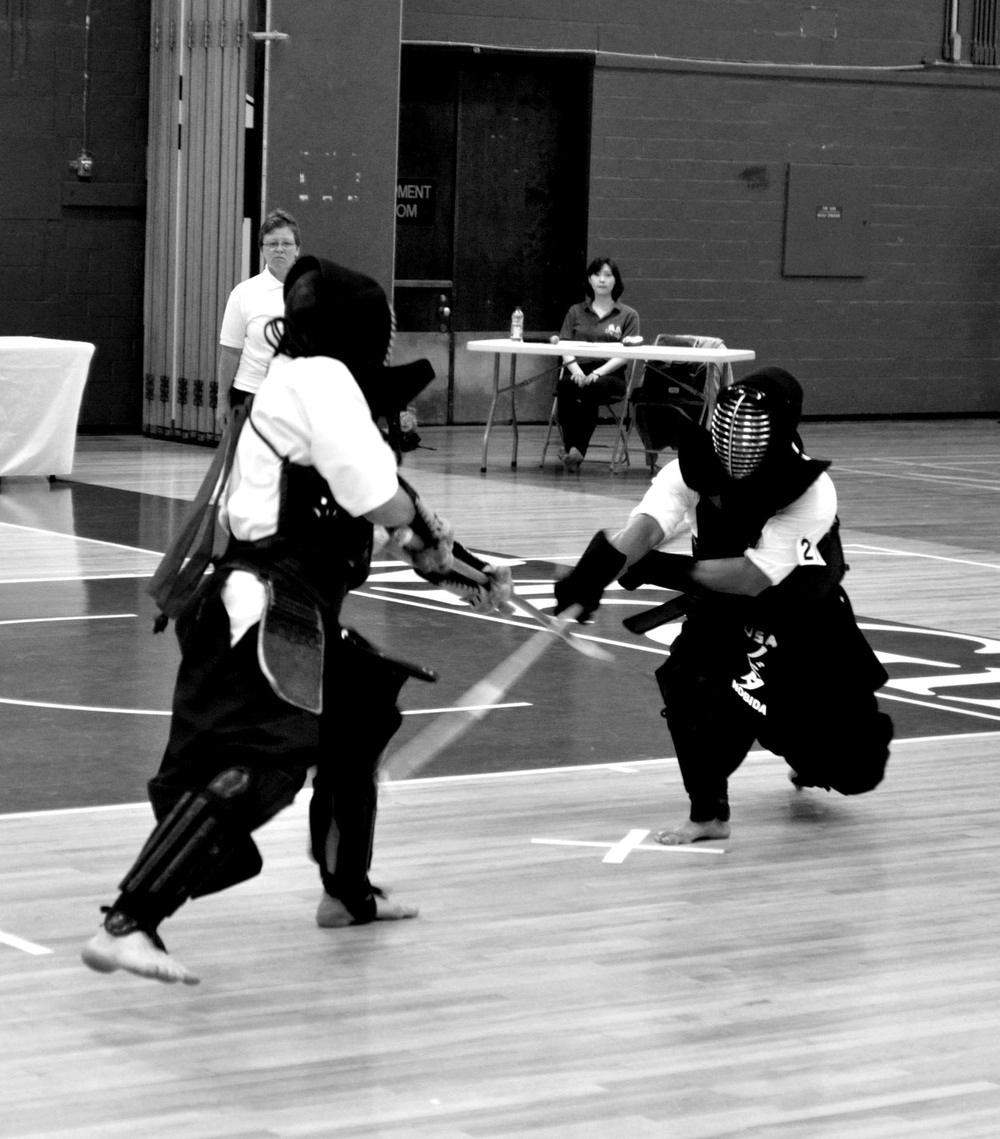 Martin Nobida scores with sune attack in the 2015 International Naginata Federation Friendship Tournament in Montreal.