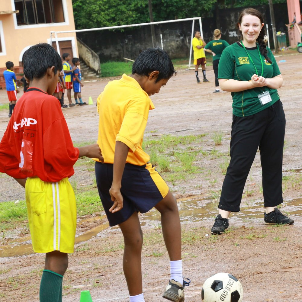 Slv Sri Lanka - football coaching 2016.jpg