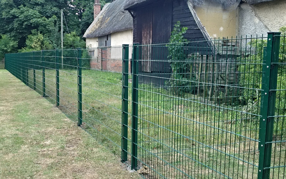 Galvanised and Powdercoated Rigid Mesh Fencing