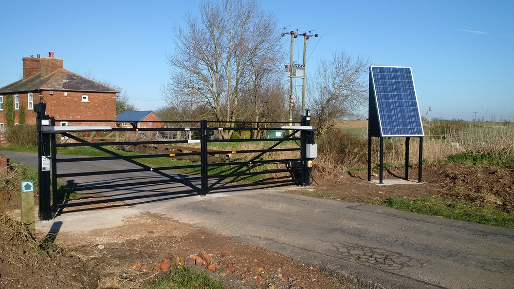 SOLAR POWERED GATES AND BARRIERS ARE THE IDEAL SOLUTION WHEN MAINS IS NOT AVAILABLE GIVING  100% PERFORMANCE  ALL YEAR ROUND, click here...