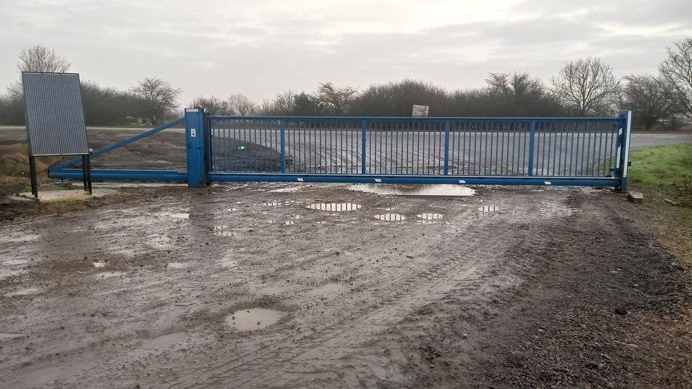 A 9 metre solar gate near Mepal in Cambridgeshire