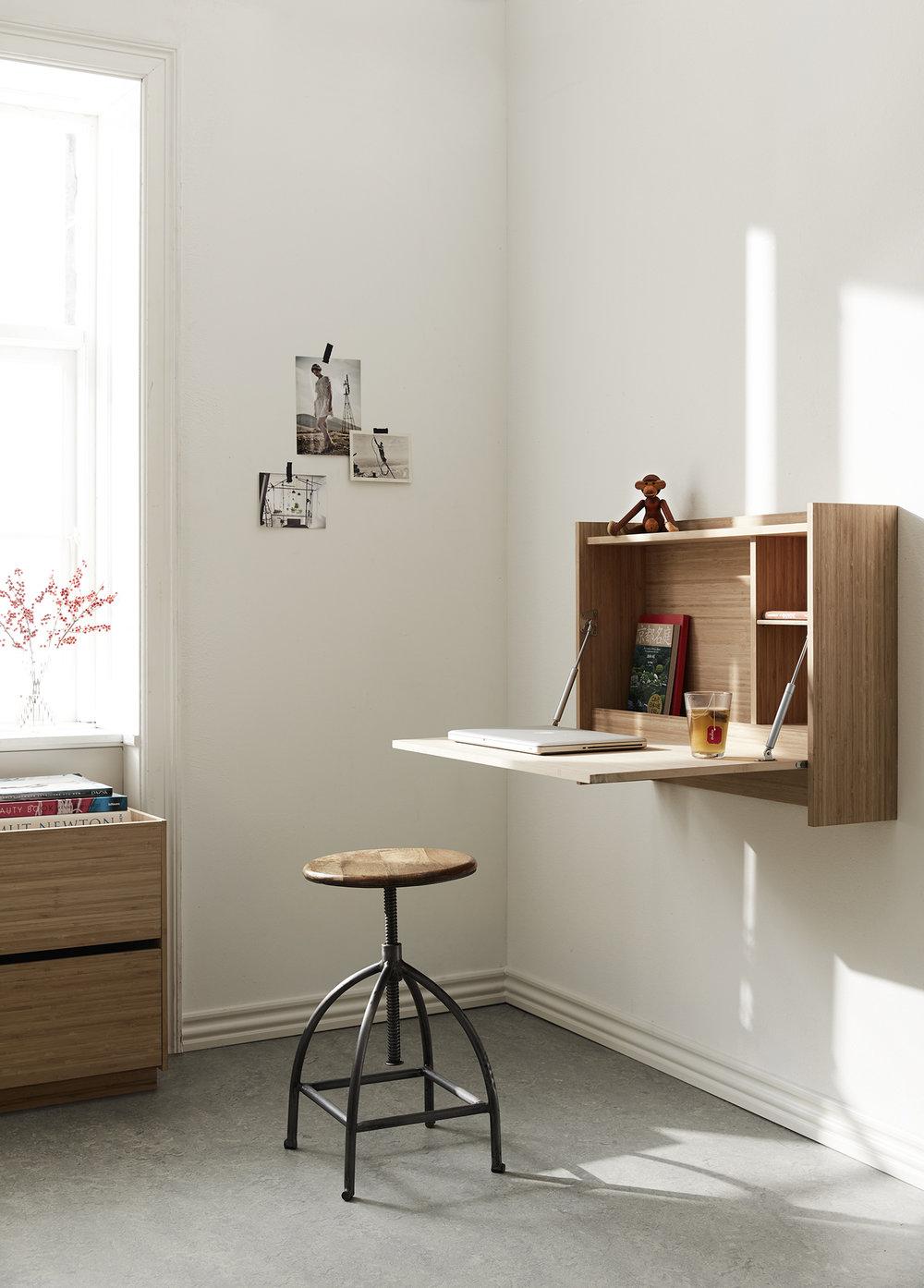 Plateau_desk.jpg