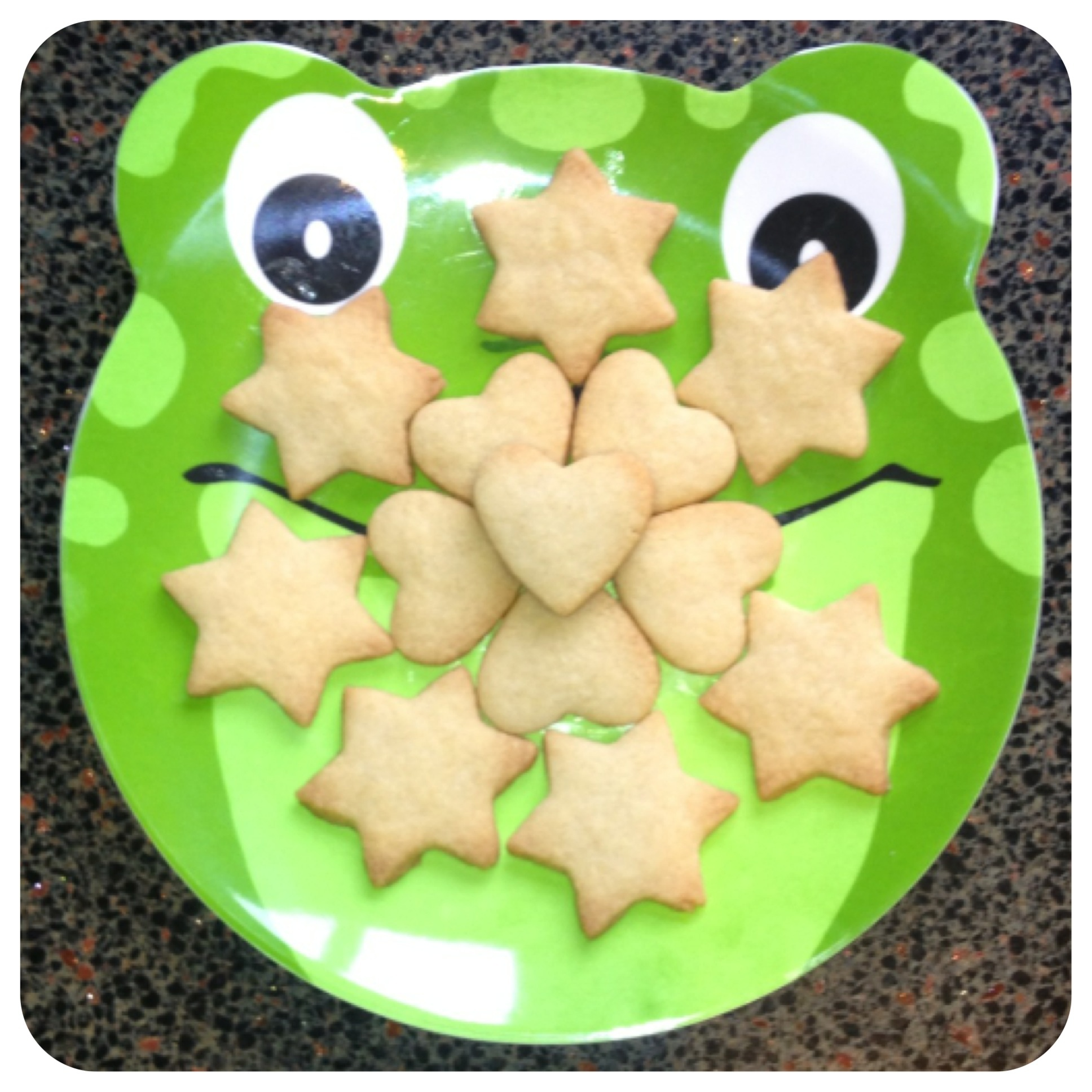 Kiddies shortbread on a frog!