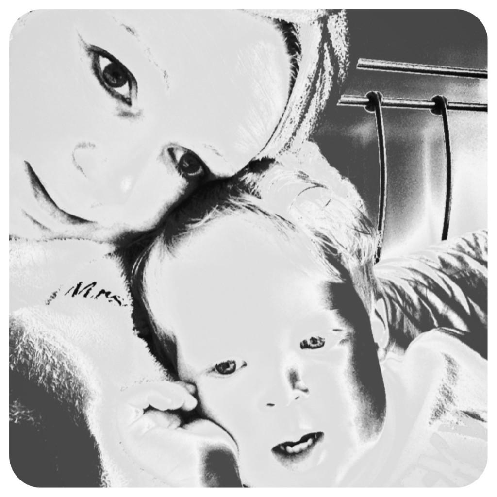 Mumma & Oliver cuddles