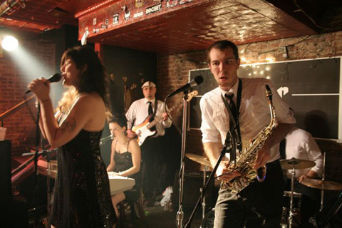 Aran Keating on sax with The Motorettes.
