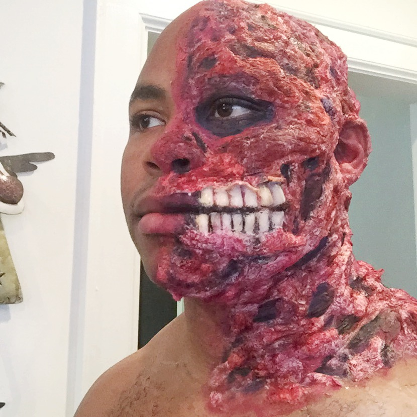 makeup-artist-harvey-dent-halloween
