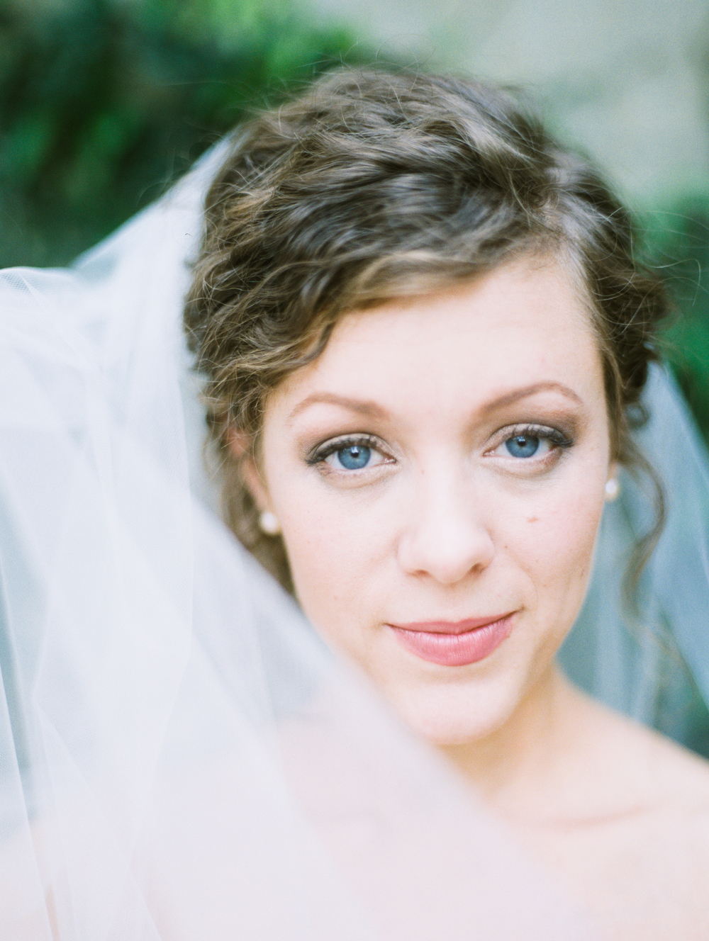 fine-art-film-bridalportraits-abrookshire35