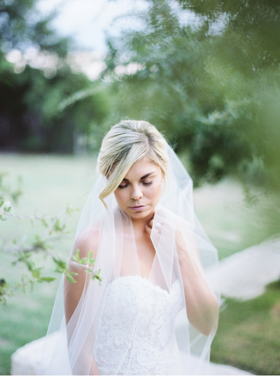 fine-art-film-bridalportraits-abrookshire17