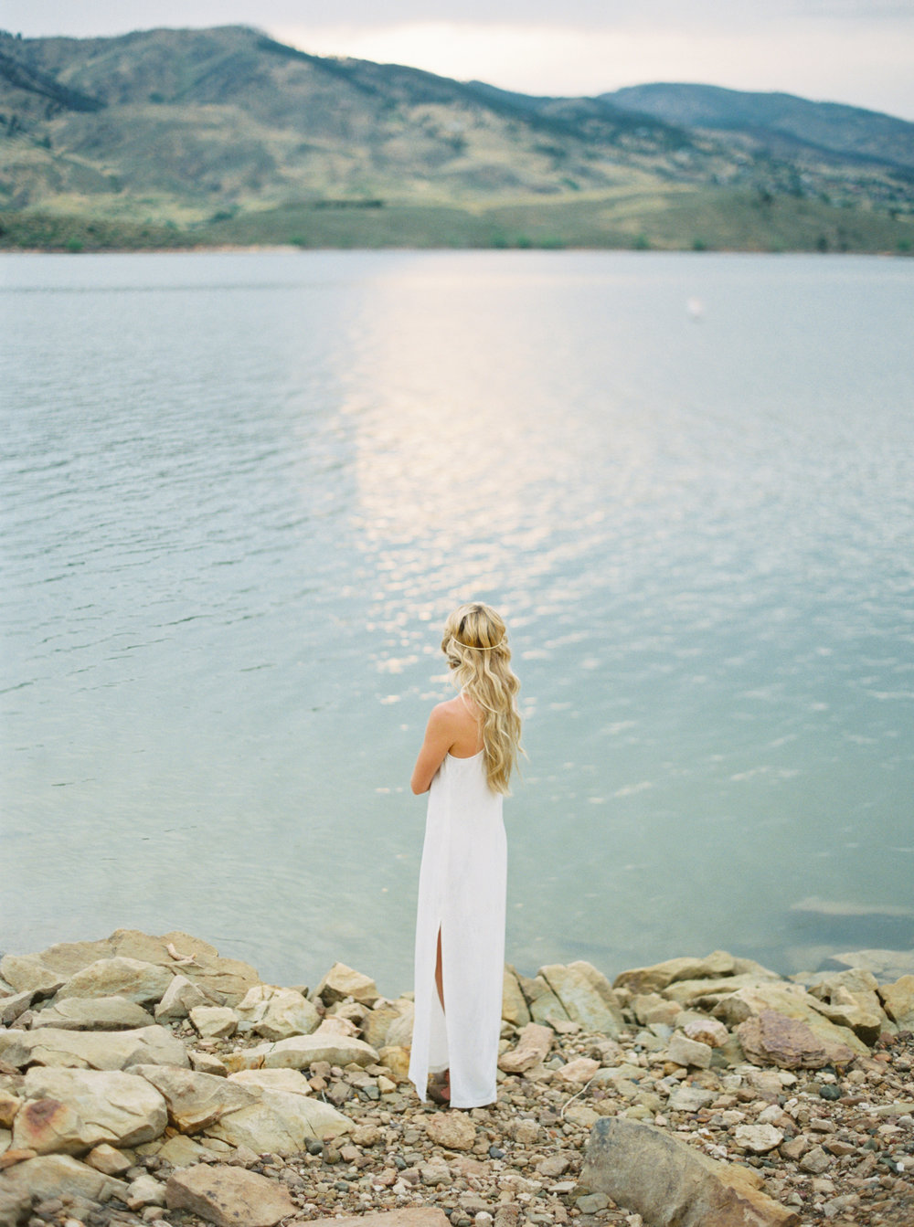fine-art-film-bridalportraits-abrookshire10