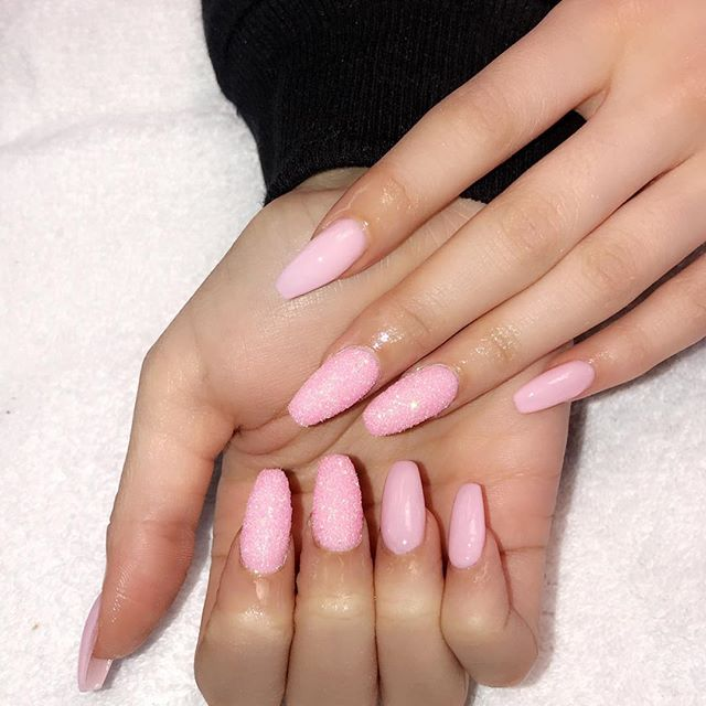 Sugar powder and baby pink 👍👌❤️