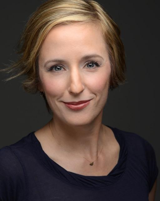 Jennifer Bates, soprano