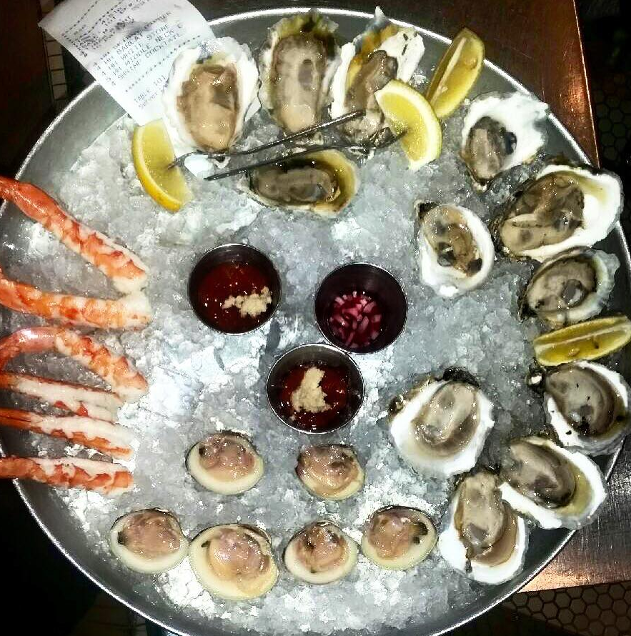Hank's Oyster Bar - Washington, D.C.