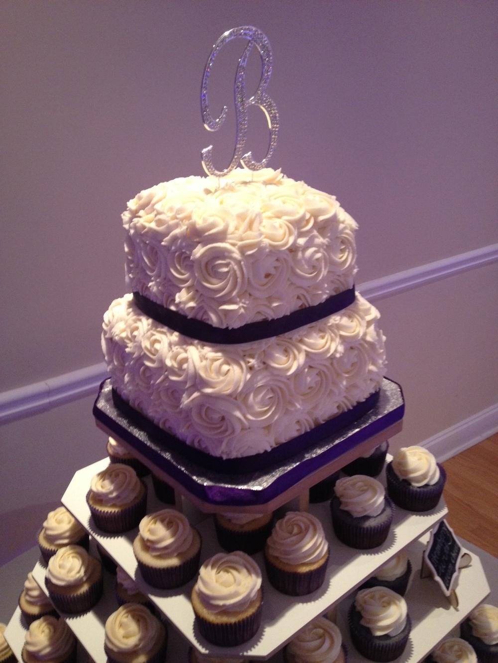 Cupcake Wedding Cake 4.jpeg