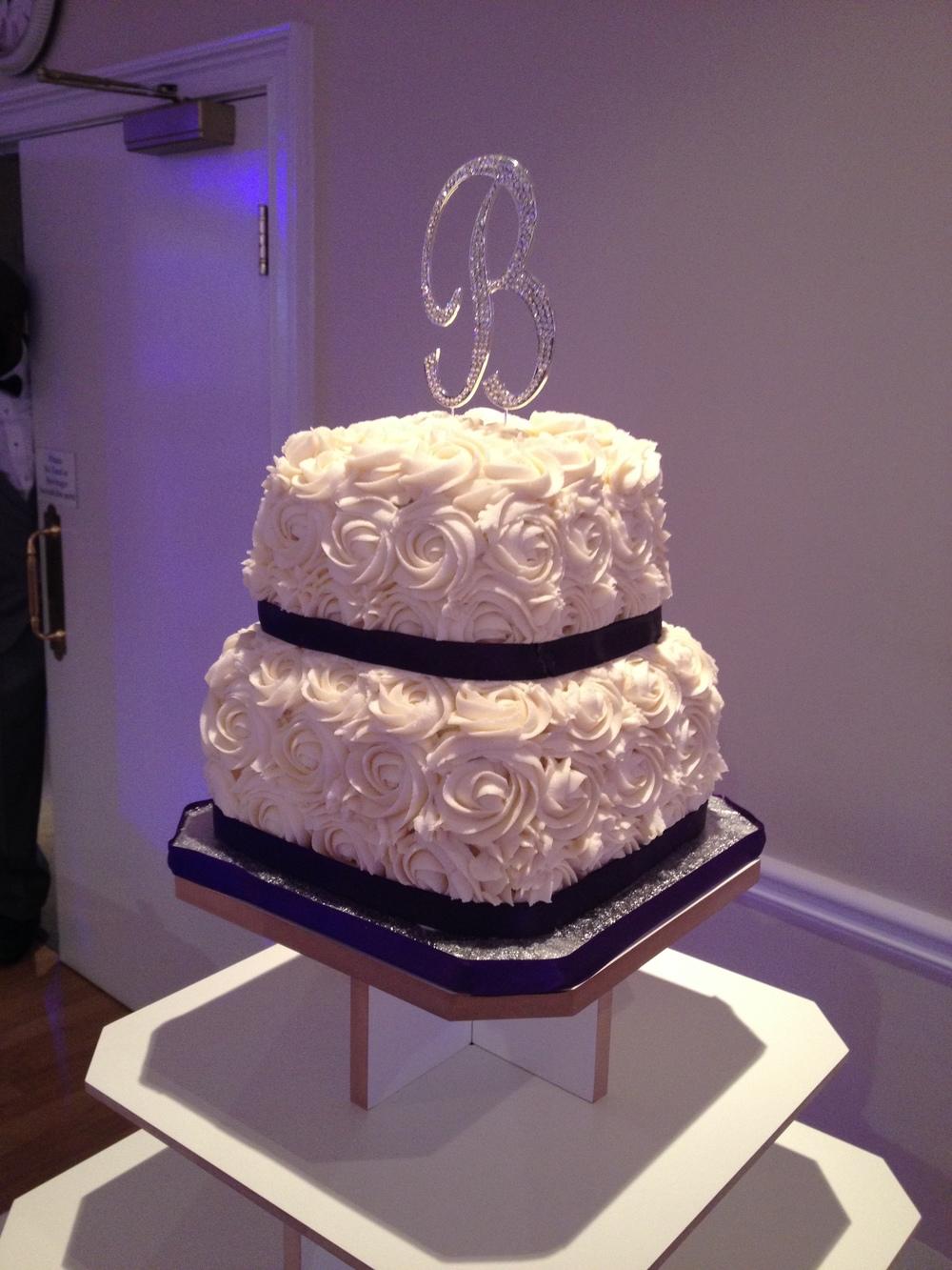 Cupcake Wedding Cake 5.jpeg