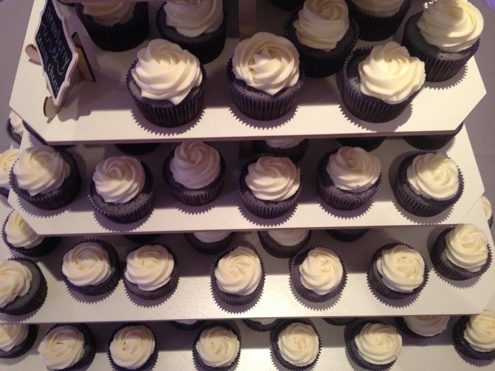 Cupcake Wedding Cake 8.jpeg