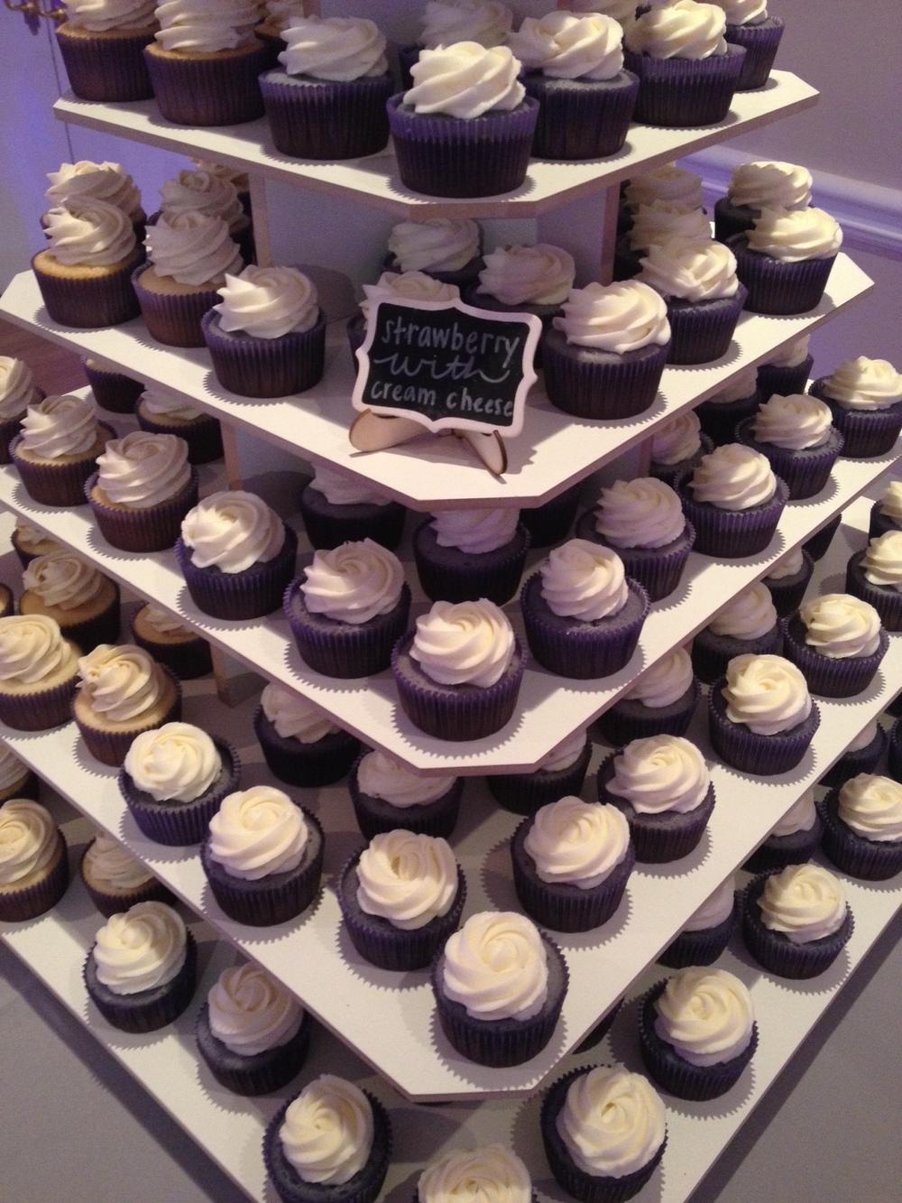 Cupcake Wedding Cake 9.jpeg