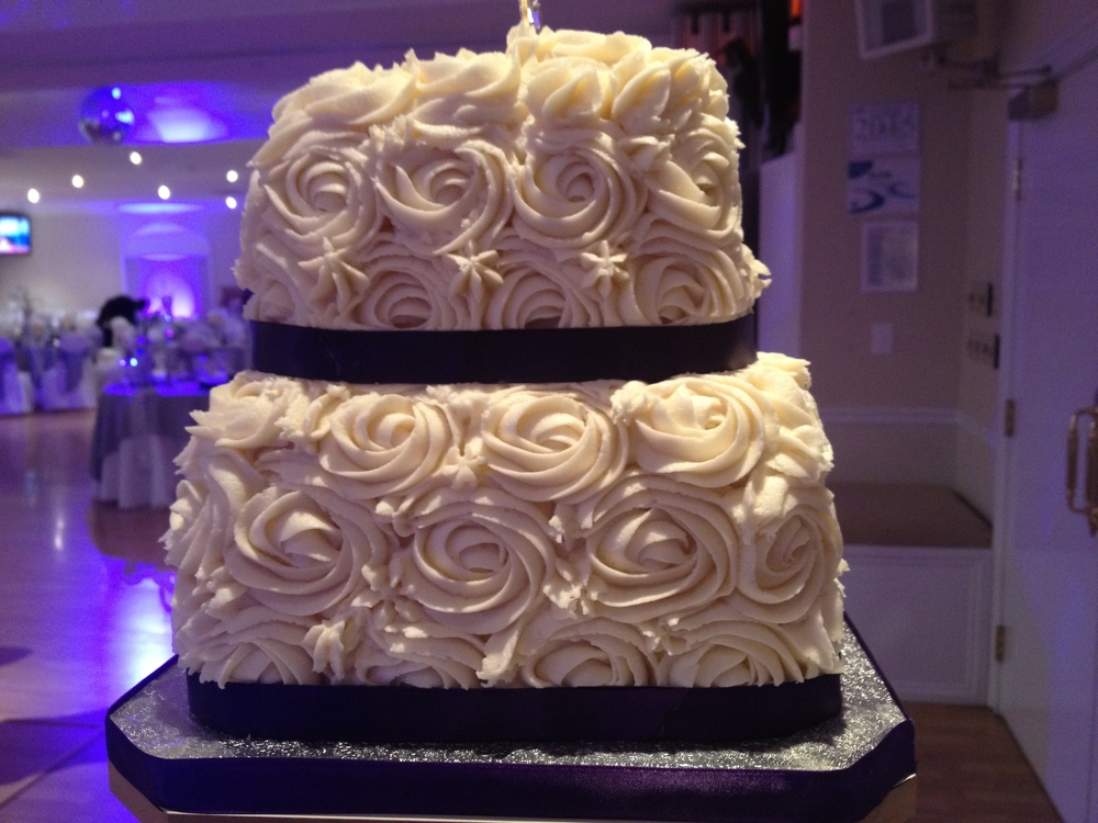 Cupcake Wedding 9.JPG