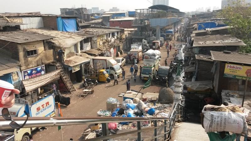 ein Blick auf das Slum kurz vor Beginn der Tour