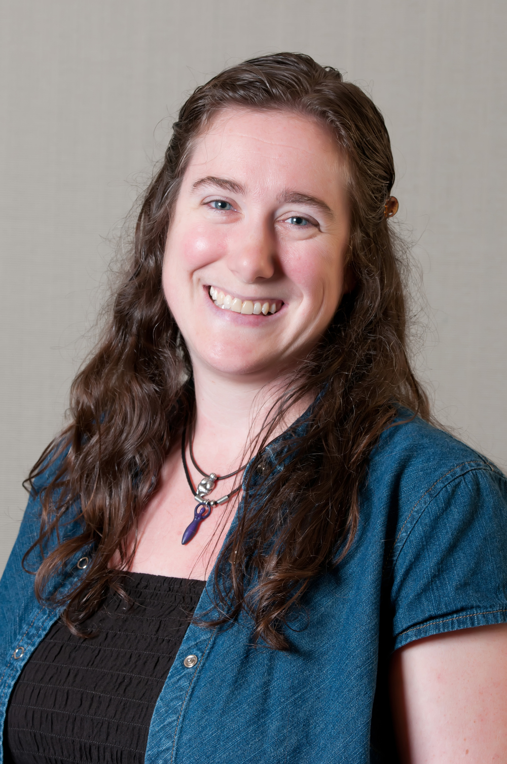 Jodi Spriggs is an art teacher at Battle School.   mailto:JSpriggs@CPSk12.org  573-214-3300