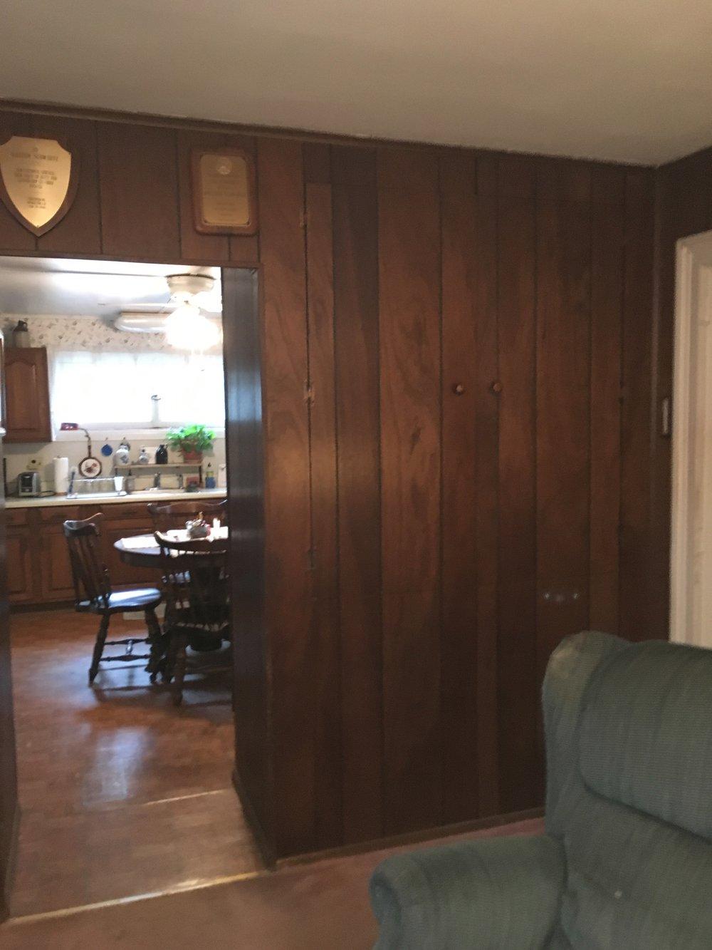 listing dining room.jpg